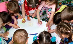 Няня-аниматор для детей на взрослый праздник в Липецке